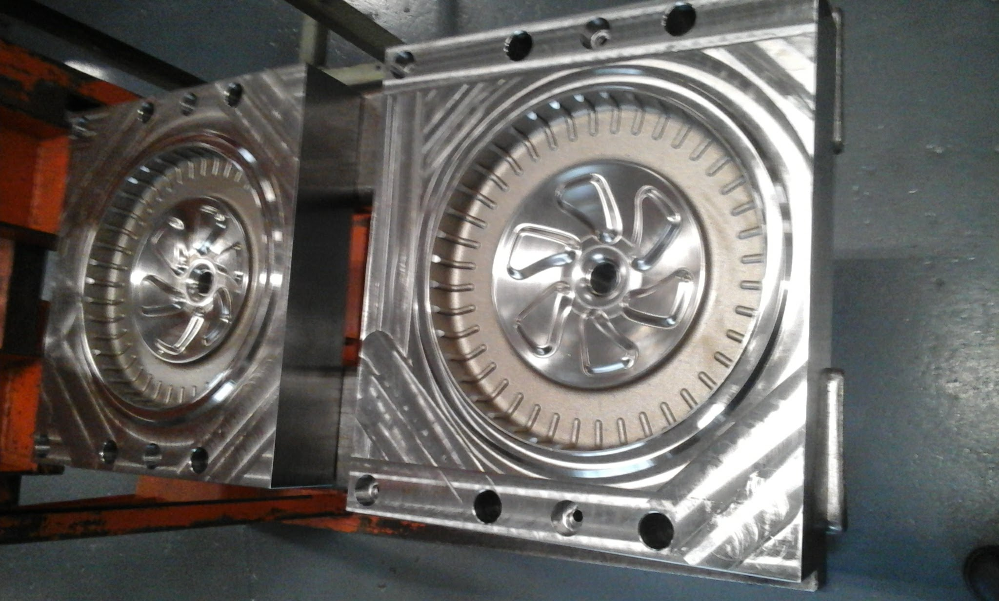 wheel blow mould